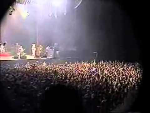 Green Day Live @ the Saitama Super Arena in Japan 3/31/2002