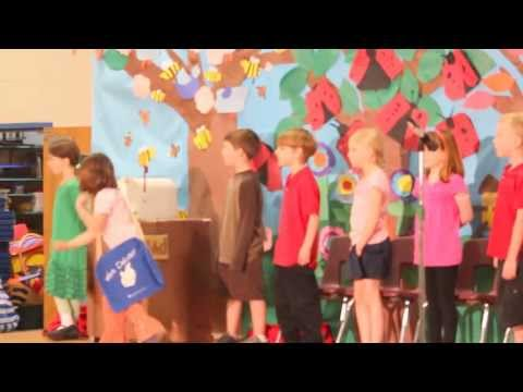 Frog and Toad Play by Barath's class in 1st grade Gleason Lake Elementary school