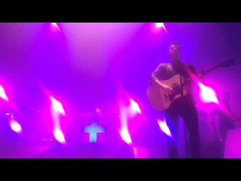 Dan + Shay Close Your Eyes