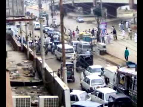 karachi road jam.mp4