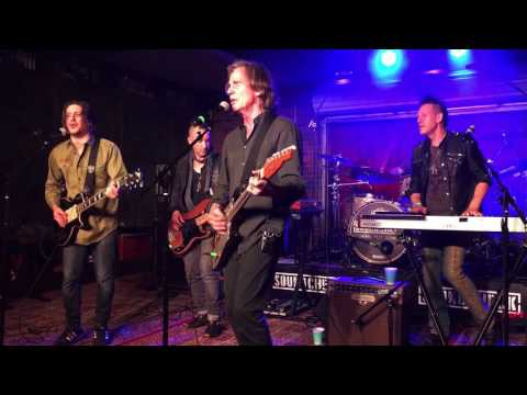 Jackson Browne - Lawyers, Guns and Money (Warren Zevon Cover @ Soundcheck Live / Lucky Strike Live)