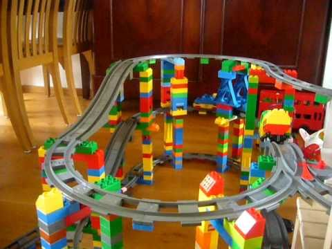 amazing 3 level duplo train must see youtube. Black Bedroom Furniture Sets. Home Design Ideas
