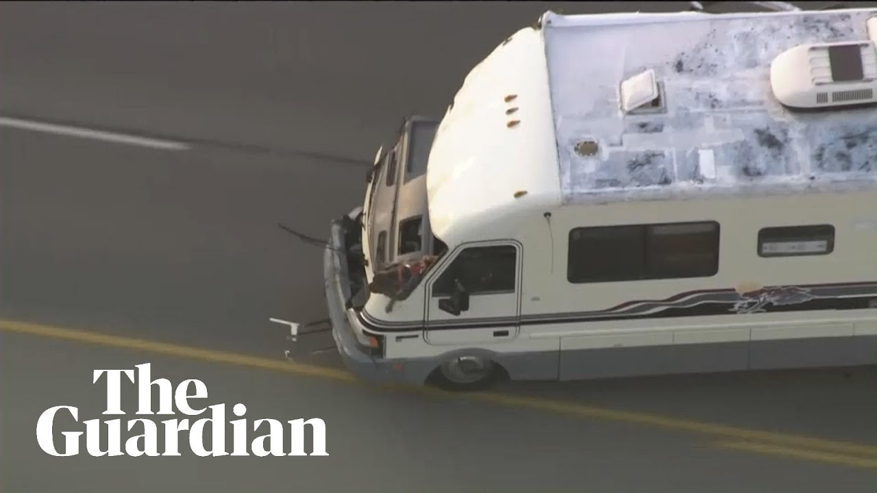 Dog jumps from stolen campervan during police chase – video
