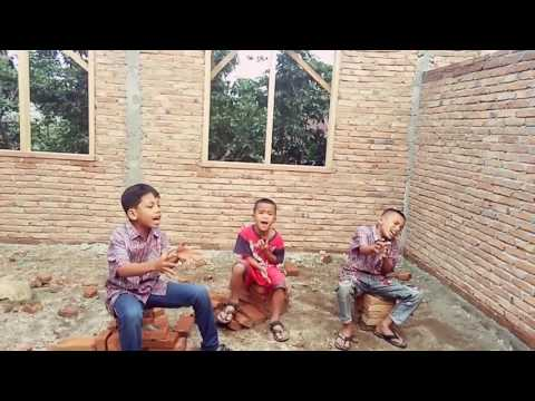 Trio cilik lagu batak mardua holong