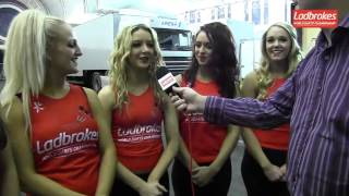 Rod Harrington meets the Hammerettes