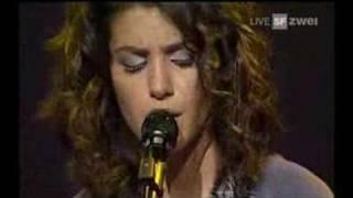 Katie Melua - Scary Films (live AVO Session)