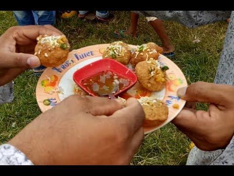 Amazing Bangladeshi street fast food Chotpoti and Fuska | asian best fast food