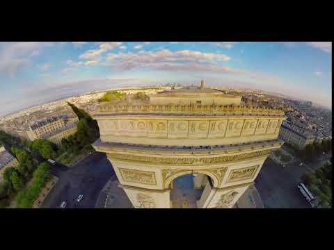 FlyView, l'Arc de Triomphe (Crédit: FlyView)