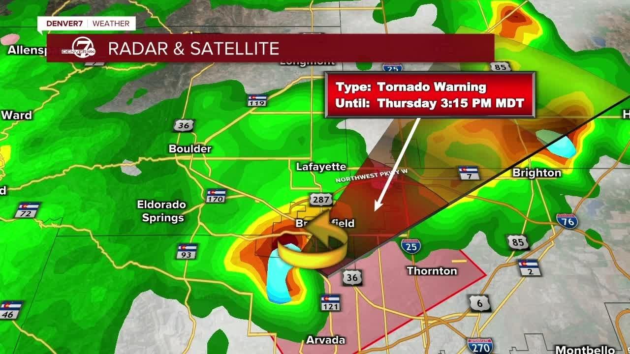 Much of metro area under tornado watch Sunday night