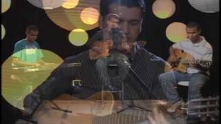 """Márcio Todeschini canta """"Fala Senhor"""""""