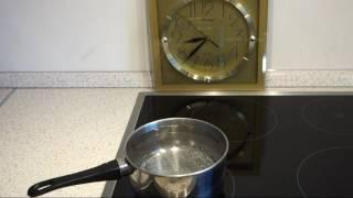 Индукционная панель кипятит воду за 4 минуты