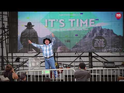 Angus Buchan se It's Time-preek in Mitchells Plain
