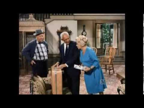 Petticoat Junction - A Horse On You, Mr. Bedloe - S5 E13 - Part 1
