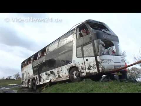 19.11.2015 - VN24 - Reisebus Mit Flüchtlingen Verunglückt In Selm - Die Bergung