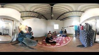 كيف ترى مخيمات اللاجئين وأنت في مدينتك.. شباب سوريون يبتكرون طريقة للفت الانتباه - هنا سوريا