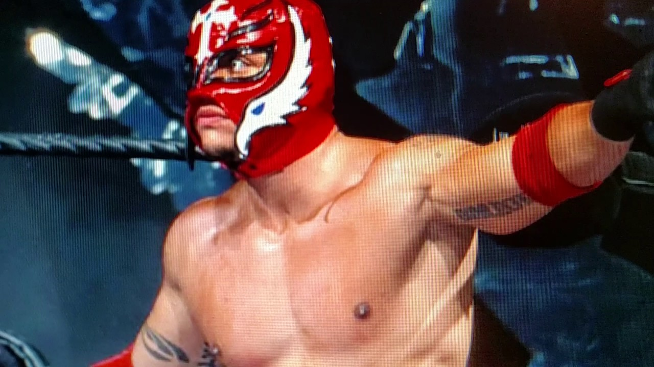 WWE breaking news Rey mysterio return to wwe for 2017 ...