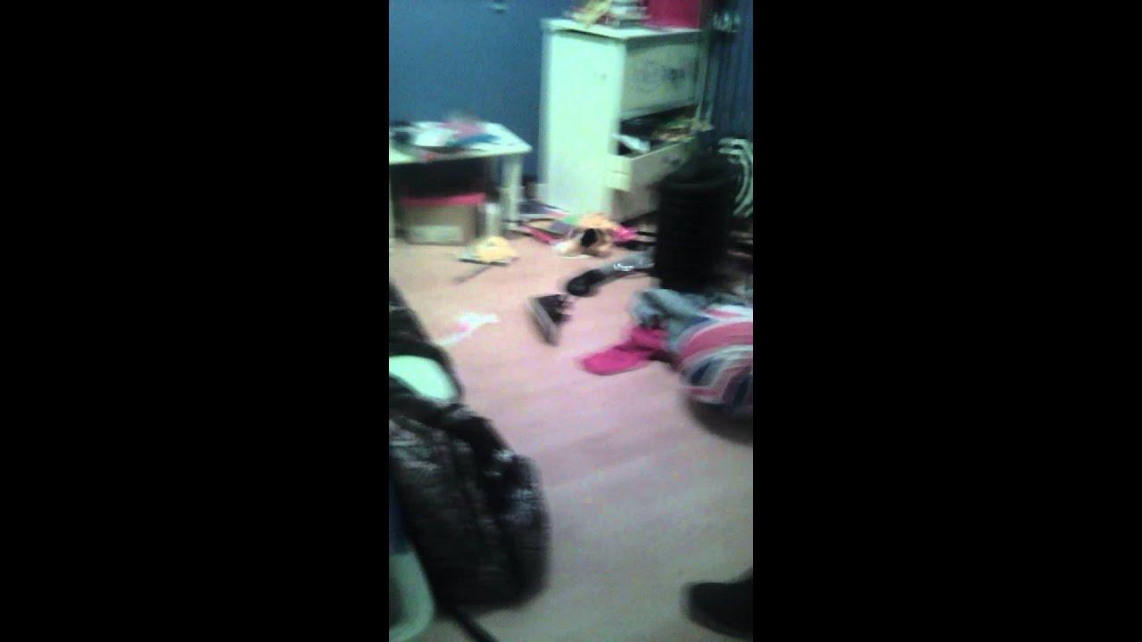 Ma chambre en bordel ;( - YouTube
