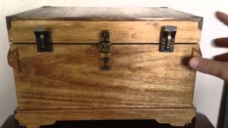 Antique Style Essential Oil Wood Storage Chest