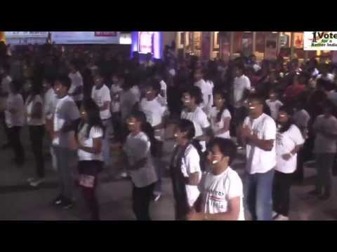 I VOTE FOR BETTER INDIA FLASH MOB BY YES PLUS GANG @ CENTER SQUARE MALL VADODARA