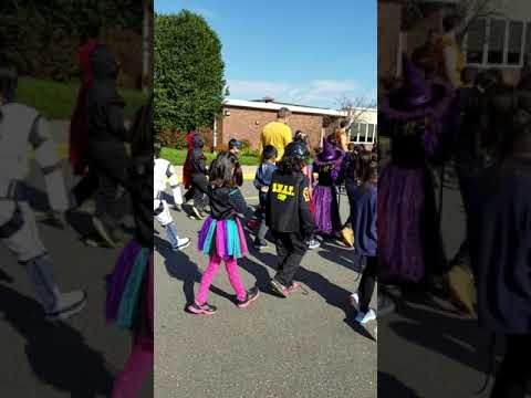 Halloween Parade at orchard hill school 2018