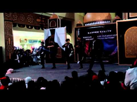 [261014] Diamond SHINEe - Remix(Lucifer+Bonamana+Sherlock) @ Bandung Trade Mall