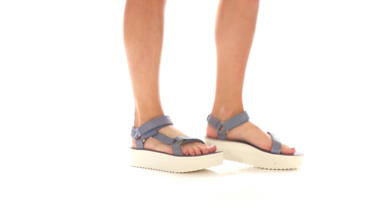 d44a7276f163 Teva Flatform Universal Crafted SKU 8626702 - YouTube