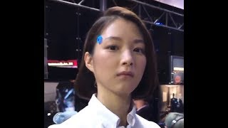 Tokyo Game Show reviles pretty humanoid robot