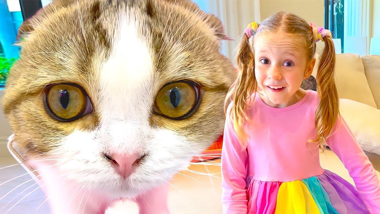 Nastya y fiesta de té para sus gatitos