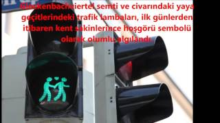 Trafik Işıklarında Eşcinsel Figürler