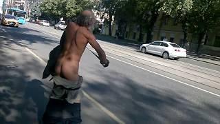 Смотреть видео Бездомные люди в Москве - 1 онлайн