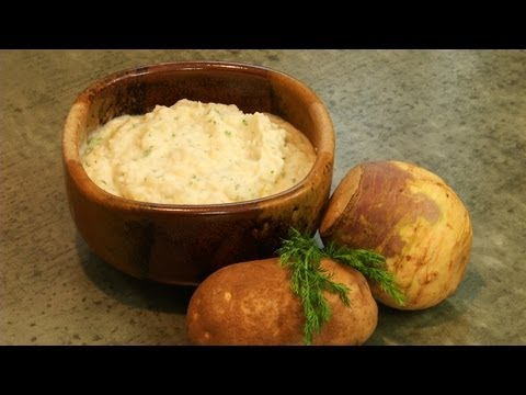How to Make Sour Cream Mashed Rutabagas with Fresh Dill