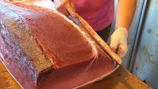 Bluefin Tuna Cutting Skills, Tuna Belly Sashimi / 黑鮪魚切割技能 - Fish Market in Taiwan
