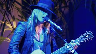 Surprise Musical Performance (Orianthi)