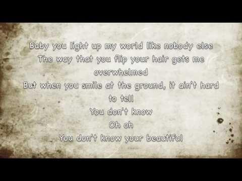 What Makes You Beautiful - One Direction (LYRICS)