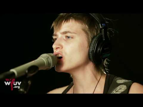 """And the Kids - """"Picture"""" (Live at WFUV)"""