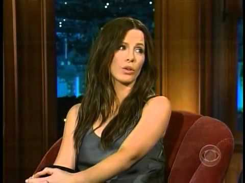 Kate Beckinsale wears no Underwear for Craig  Flirting
