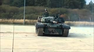 Autoprezentacja czołgu PT-91 TWARDY w 9 Braniewskiej Brygadzie Kawalerii Pancernej.