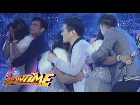It's Showtime Miss Q & A: Hashtags hug Queen Isabela