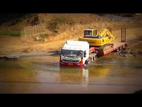 ขนส่งรถแบคโฮว PC200 ไปส่งประเทศลาว