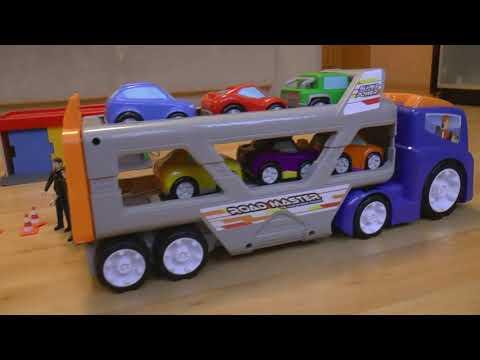 Полицейская машина и Автовоз мультик для детей Сеня играет в полицию и в машинки игрушки