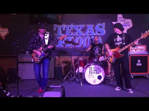 Texas Flood - playing - Empty Arms