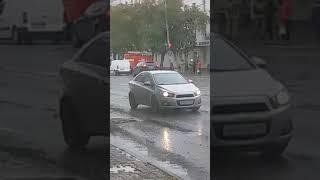 К Сбербанку на 8 Марта приехали пожарные, скорая и полиция