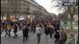 French unions rally for better labor, pension & tax reform