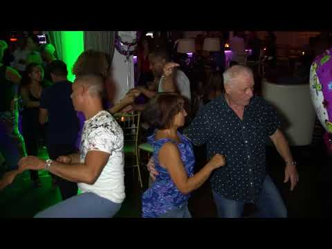 Thurs 9/14/17 VIDEO #1 of 3 ★ FREE Salsa Thursdays in New Rochelle