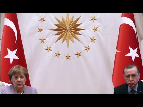 "Propos d'Erdogan sur les ""pratiques nazies"": Ankara a ""franchi une limite"", selon Berlin"