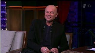 Вечерний Ургант. Андрей Смоляков в гостях у Ивана Урганта (30.10.2014)