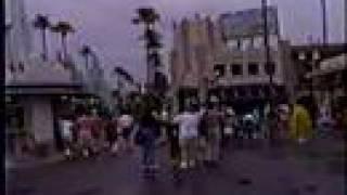 8 Minutes around Walt Disney World (1994)