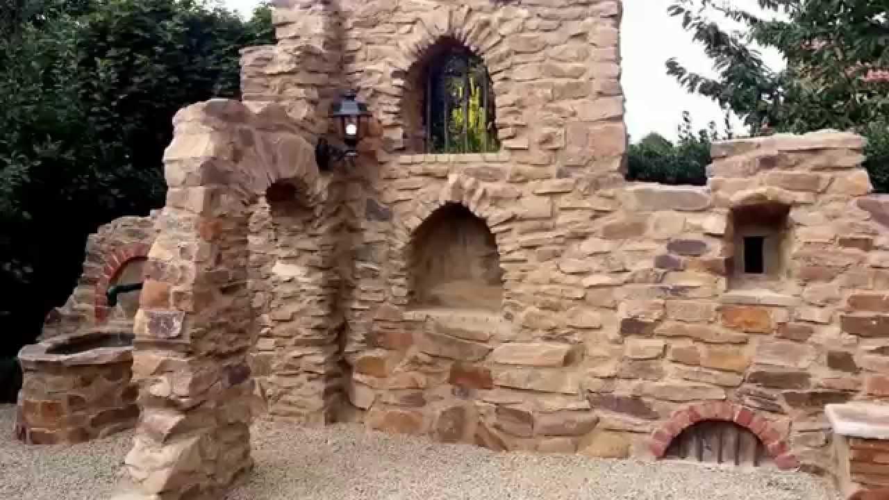 Mediterrane Gartenmauer Bauen