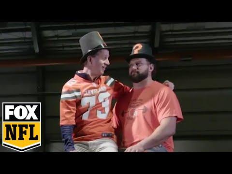 Joe Thomas takes over Cooper Manning