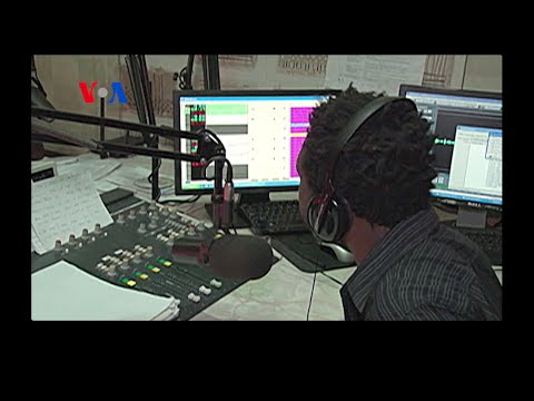 Malawi Radio Show Engages Youth (On Assignment 10.31.14)